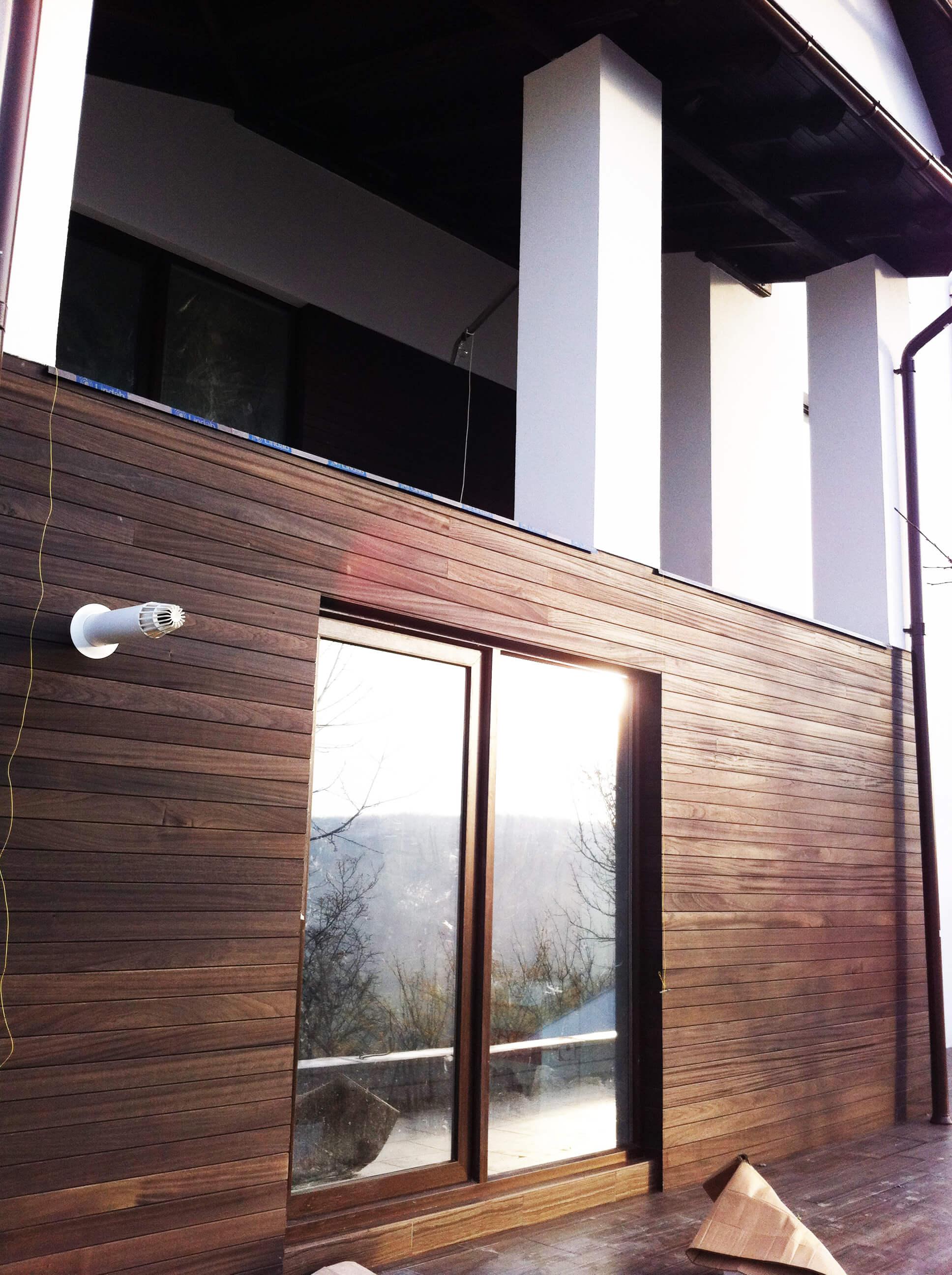 Finisari din lemn, fatada ventilata