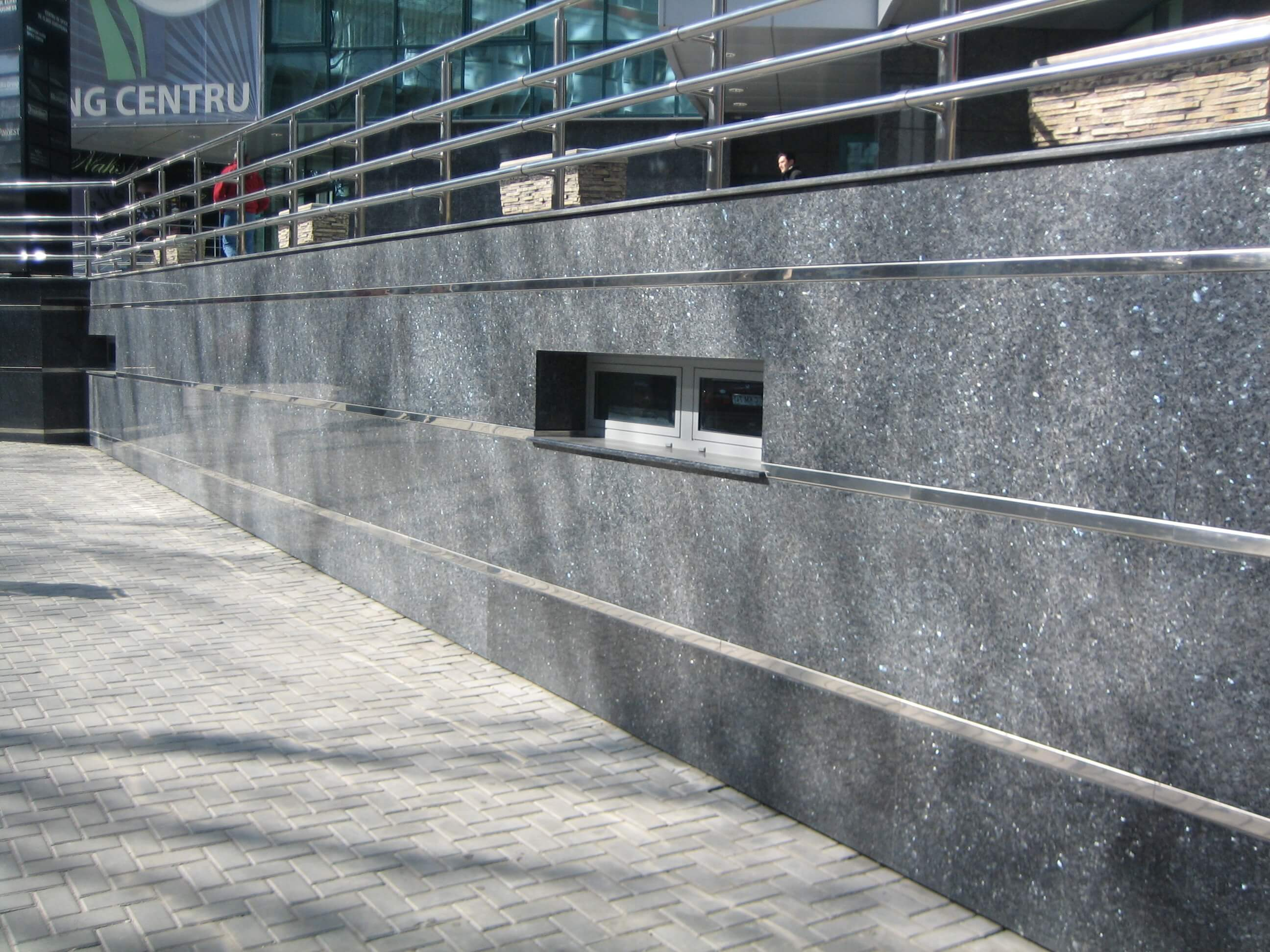 Fatada din piatra, ceramogranit, teracota, granit, marmura, Chisinau, Moldova
